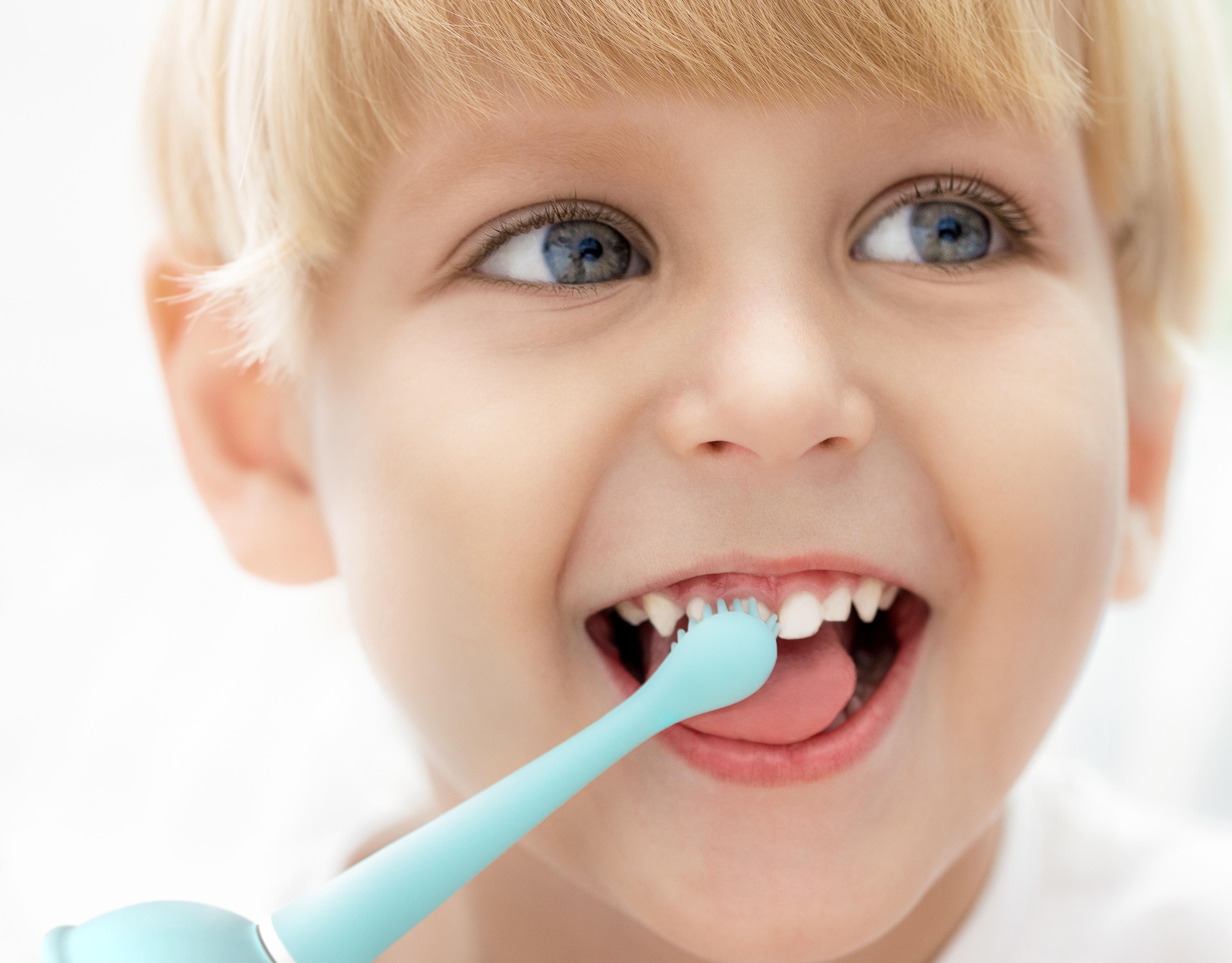 usmile电动牙刷_智能小程序远程监督,出差也放心宝宝独自刷牙